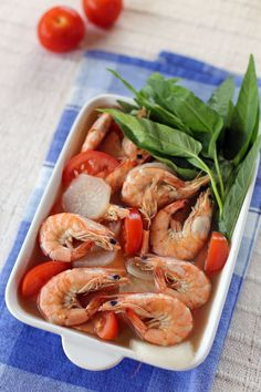 Shrimp with tomatoes in sour broth. Sinigang na Hipon.