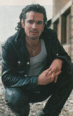Picture of Tommy Lee of Motley Crue, so handsome