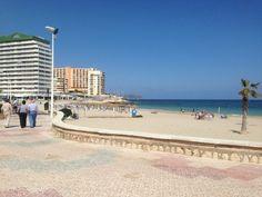 Las playas de Calpe son magnificas pero recuerda que si olvida sus llaves, recuerde llamarnos! Cerrajeros en Calpe  www.cerrajerosencalpe.com