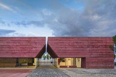 pigmented concrete exterior - Google-haku