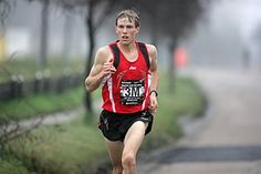 RunnersWeb   (RRW) Athletics: Flashback - Ryan Hall Breaks USA Half-Marathon Record