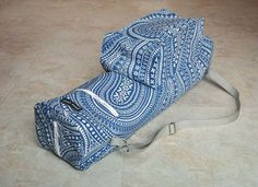 Yoga mat bag, great quality yoga bag, beautiful blue and white floral paisley yoga mat carrier, boho chic bag with zipper and pockets