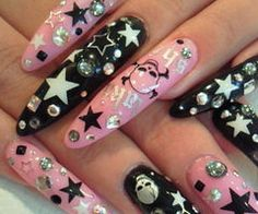 rock-n-roll star gyaru nail art