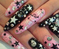 rock-n-roll star gyaru nail art
