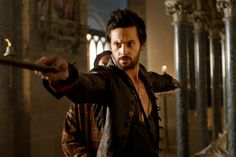 """Da Vinci's Demons"" Season 1 finale came to an explosive finish on Starz, setting the stage for Season 2 next year."