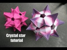Ooh isn't it lovely? Relatively simple. Origami Quilt, Origami And Kirigami, Origami Folding, Paper Crafts Origami, Origami Stars, Oragami, Origami Lantern, Origami Ball, Origami Instructions