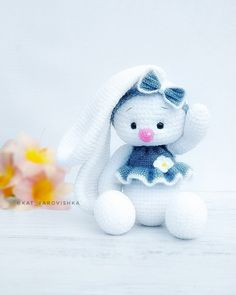 Crochet Baby Hat Patterns, Crochet Doll Pattern, Crochet Baby Hats, Crochet For Kids, Doll Patterns, Knitted Bunnies, Easter Toys, Crochet Rabbit, Easter Crochet