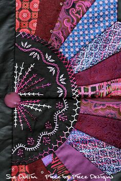 Heirloom Ties quilt, detail, by suedollinQuilts on DeviantArt
