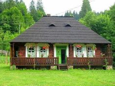 Traditional romanian country house. Bucovina, Suceava.