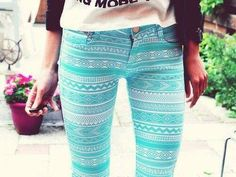 Luv this design. I just need to find a store where all they sell is colorful pants. Colored Pants, Blue Pants, Aztec Pants, Amanda Steele, Cool Outfits, Fashion Outfits, Jeans Fashion, Hipster Girls, Light Blue Jeans