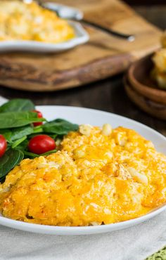 Tricia Yearwood's Slow Cooker Mac and Cheese- the cheesiest, creamiest ever!