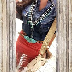 Lovin our denim button down and our Thomleson Bag styled with this lil lady's look!! Thank ya @calleejoschmidt for sharing ~ we love your signature style!! Cowgirl style. Rodeo fashion. Women's Western Wear. Ranch style. Boho cowgirl.