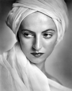 Yousef Karsh, Portrait of Betty Low, 1936