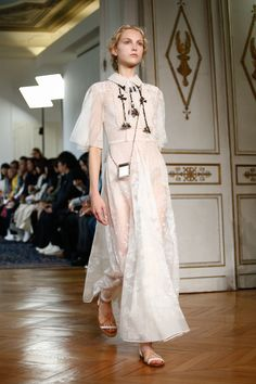 See atmosphere photos from the Valentino Spring 2017 Ready-to-Wear fashion show.