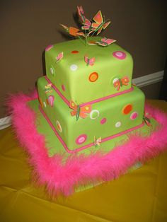 Green and pink dots and butterflies cake