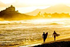 Não importa em que canto do Brasil você está, o Hiperativos listou os melhores picos do surf em nosso belo país! Vejam!