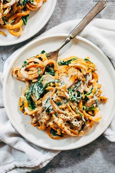 Creamy Spinach Sweet Potato Noodles With Cashew Sauce |�Pinch of Yum