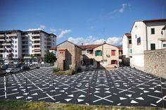 PIAZZA DELL'IMMAGINARIO #Prato #Chì_na  Un'azione leggera ad impatto profondo...nel cuore della china town pratese... http://www.nipmagazine.it/blog/299/piazza-dellrsquoimmaginario