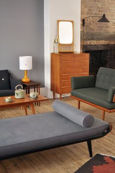 Auping Day Bed | Mid Century Living Room. Painted sections open walls #retrohomedecor
