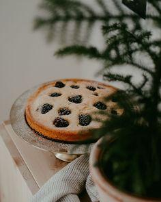 Blackberry Cake, Cosy Winter, Happy Sunday, Pudding, Cookies, Easy, Desserts, Instagram, Food