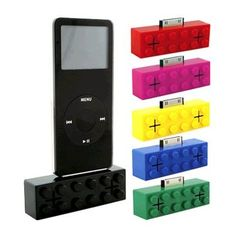 Ok, I absolutely need this. iPod building block portable speaker dock!