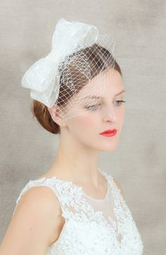 Free Shipping High End White Tulle Bow Lace Embroidery Bridal Hair Accessories Gorgeous Fascinator Blusher Veil With Comb  72130-in Hair Accessories from Women's Clothing & Accessories on Aliexpress.com | Alibaba Group