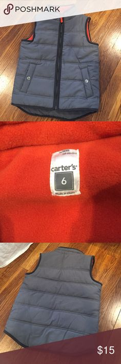 Boys Carters Vest Excellent gently used condition boys Carter's vest. Fully lined in fleece full zip and pockets. Drop tail hem. Smoke 🚫 and pet free home. I ship daily 📫 !! Carter's Jackets & Coats Vests