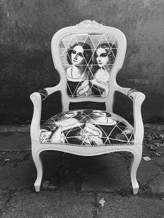 Odnowiony fotel ludwikowski szary - Mika_Z - Kanapy i fotele