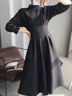 Mid-Calf Stand Collar Three-Quarter Sleeve Pullover Korean Dress Source by lilmsmoonshine Modest Fashion, Girl Fashion, Fashion Dresses, Fashion Design, Fashion Trends, Fashion Blogs, Fashion Fall, Style Fashion, Workwear Fashion