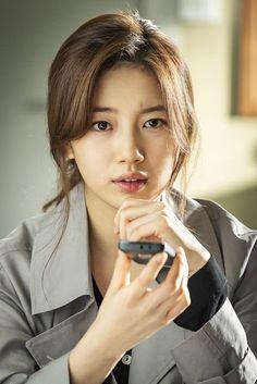 [Photos] New Suzy Stills Added for the Upcoming Korean Drama 'Vagabond' Bae Suzy, Korean Beauty, Asian Beauty, Dramas, Jung Hyun, Danielle Campbell, Idole, Instyle Magazine, Kdrama Actors