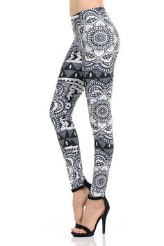 Don't you love these trendy Monochrome Tribal Mandala Leggings? We sure do! Black Leggings Outfit, Tribal Leggings, Black And White Leggings, Black And White Fabric, Printed Leggings, Legging Outfits, India Fashion, Fashion Over 50, Asian Fashion