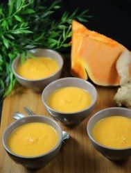 Soupe potiron coco gingembre : Recette de Soupe potiron coco gingembre - Marmiton Winter Soups, Homemade Soup, Easy Cooking, Food Videos, Love Food, Easy Meals, Food And Drink, Pumpkin, Vegetarian