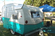 ebay shasta camper wings   Classic Shasta Wings on 1963 Shasta Compact Travel Trailer