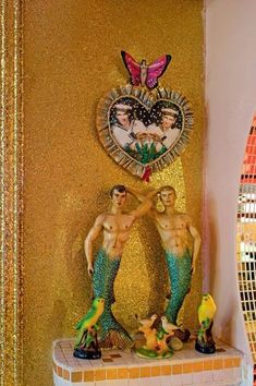 Piece de resistance. Portrait of the artists as mermen. L'appartement intime de Pierre et Gilles. Cote Maison                                                                                                                                                      Plus