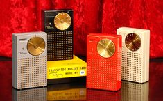 Regency TR-1, the world's first transistor radio. Shown here in its four original colors. Made in Indianapolis, Indiana, beginning in 1954. #transistorradio Photo from: www.ericwrobbel.com/books/