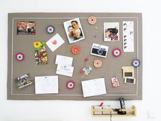 Pinwand aus alter Pappe und Stoff Alter, Repurposed, Photo Wall, Frame, Inspiration, Home Decor, Desks, Cardboard Paper, Carton Box