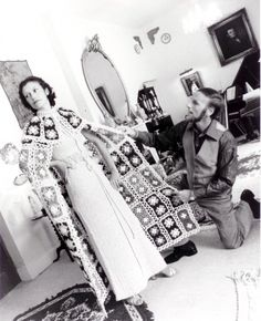 The master craftsman of hand crochet... Cyril Cullen. I am always in search of any vintage knitwear by Mr. Cullen. Hard to find. But, worth it.
