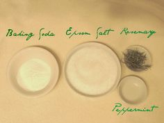 Beauty DIY: Rosemary Mint Bath Salts mom this is one you might like Homemade Lip Balm, Soap Recipes, Bath Recipes, Homemade Beauty Products, Diy Products, Beauty Recipe, Health And Beauty Tips, Home Made Soap, Bath Salts