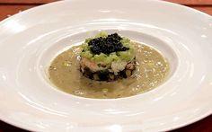 Follia di mare - Tortino di scampi melanzane sedano al burro e caviale con salsa all'ostrica, di Andrea