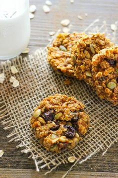 Pumpkin Breakfast Cookies by the casualcratlete #Cookies #Breakfast #Pumpkin #Oats #Nuts #Seeds #Dried_Fruit