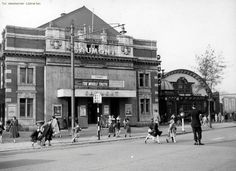 Grosvenor Road in the Camden Road, Architects Journal, Castle Howard, Cinema Theatre, Tunbridge Wells, Derbyshire, Old Photos, Manchester, Street View
