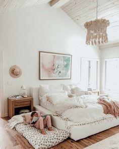 34 best bedroom rug ideas and design 14 Bohemian Bedroom Decor Bedroom Design Ideas Rug Dream Bedroom, Home Bedroom, Bedroom Rugs, Apartment Master Bedroom, Bedroom Frames, Bedroom Interiors, White Interiors, Kids Bedroom Furniture, Black Furniture
