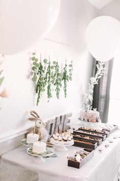 Ideas and inspiration for a Winter ONEderland themed first birthday party. I created this party design for my twins', and it was a huge hit!