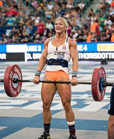 The CrossFit Games Brooke Ence - Crazy Strong! Crossfit Girls, Crossfit Body, Crossfit Athletes, Crossfit Chicks, Crossfit Motivation, Powerlifting Women, Fitness Inspiration, Brooke Ence, Crossfit Photography