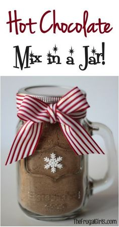 Hot Chocolate Mix in a Jar! - Nothing beats a warm cup of Hot Chocolate on a chilly day! This Hot Chocolate Mix in a Jar makes a fabulous Gift in a Jar. and a delicious cup of cocoa! Mason Jar Meals, Mason Jar Gifts, Meals In A Jar, Mason Jars, Gift Jars, Cocoa Recipes, Hot Chocolate Recipes, Jar Recipes, Hot Chocolate Mix Recipe In A Jar