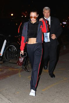 Bella Hadid Out in New York 01/18/2017. Celebrity Fashion and Style   Street Style   Street Fashion