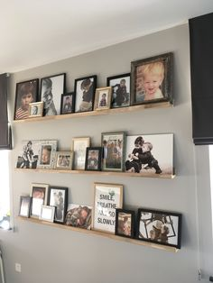 Home Design Diy, House Design, Cottage Interiors, Shop Interiors, Picture Frame Shelves, Picture Ledge, Interior Design Living Room, Living Room Designs, Cozy Basement