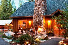 Visit Yosemite Park - Evergreen Lodge