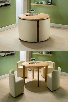 Table et chaises pour diner qui ne prennent pas de place