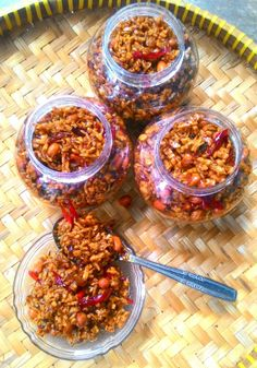 Tips Membuat Oreg Tempe Agar Bisa Tahan Lama Primal Recipes, Vegetarian Recipes, Cooking Recipes, Yummy Recipes, Easy Pasta Recipes, Easy Meals, Food Flatlay, Indonesian Cuisine, Indonesian Recipes